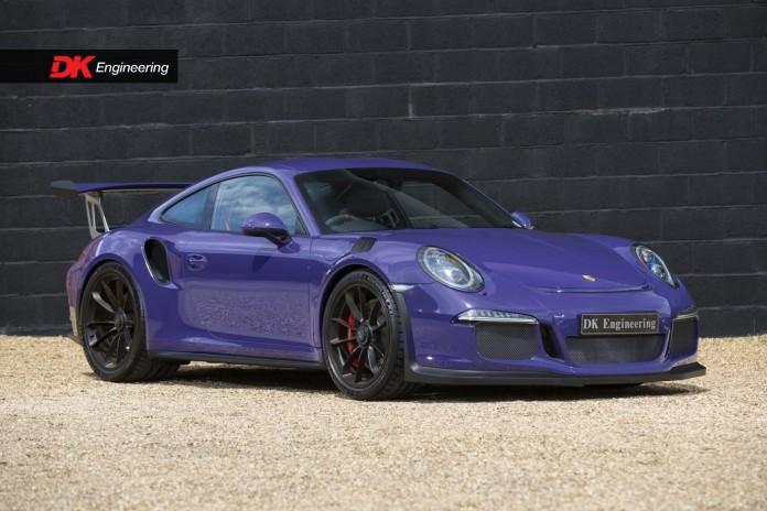 Porsche_911_GT3_RS_01