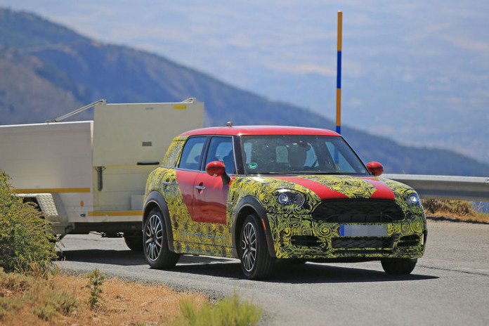 Spy_Photos_Mini_Countryman_13