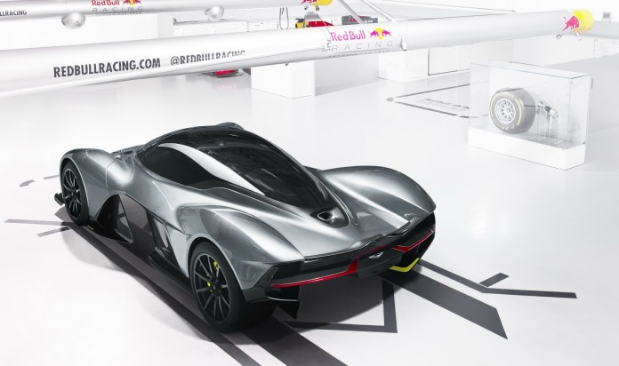 aston-redbull-am-rb-001-hypercar-2