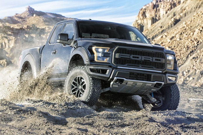 2017-ford-f-150-raptor-closeup