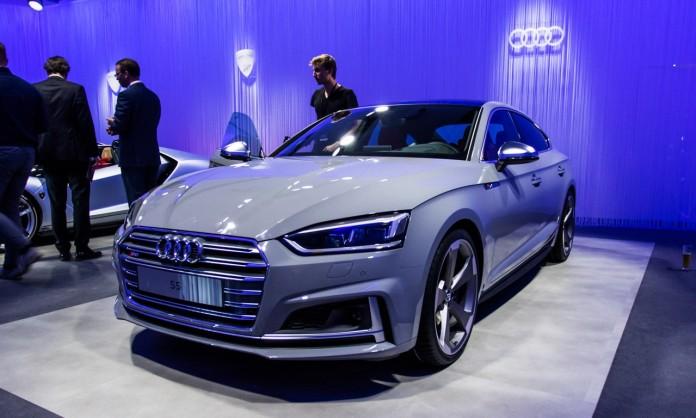 Audi-S5-Sportback-2017-0769