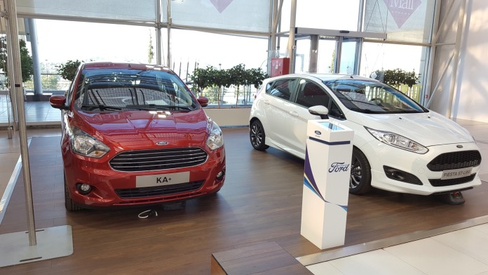 Ford_in_The_Mall_04