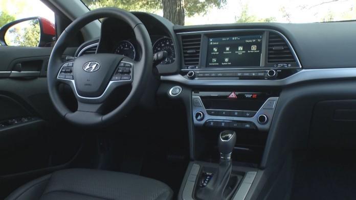 Hyundai Elantra1