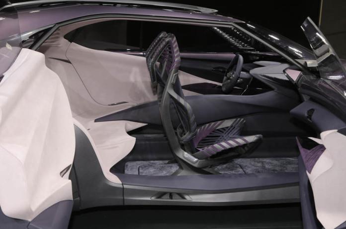 Lexus UX concept (4)