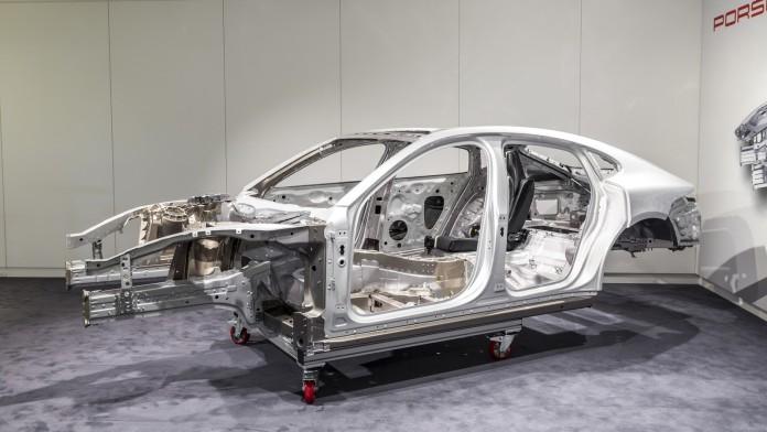 Porsche Panamera 2017 Technical Details (1)