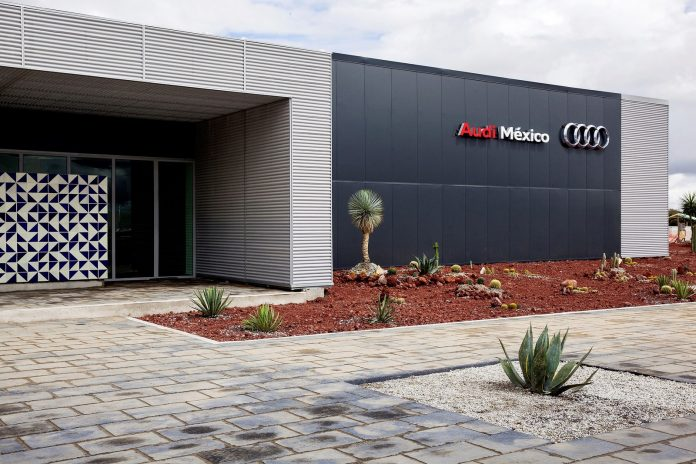The Audi Group is constructing a new plant in San José Chiapa in Mexico. A Training Center with an area of 20,000 square meters was opened immediately adjacent to the plant in the fall of 2014.