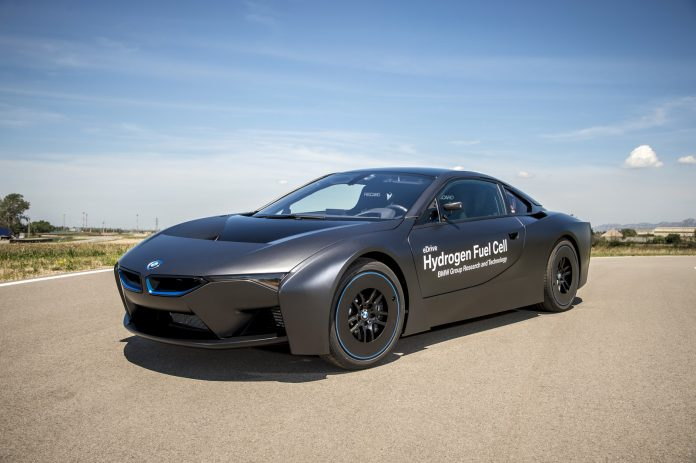 bmw-i8-hydrogen-fuel-cell-prototype-21