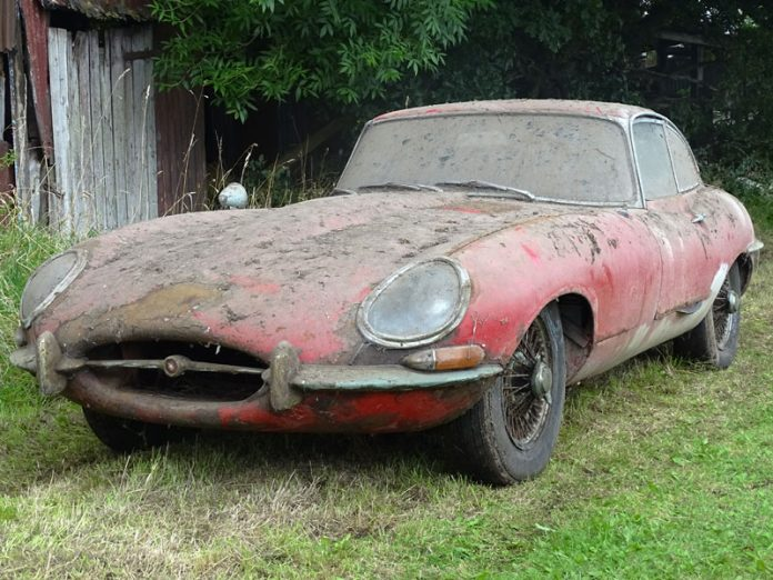 jaguar_e-type_3-8_coupe_02