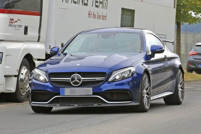 spy_photos_mercedes-amg_c63_r_coupe_12