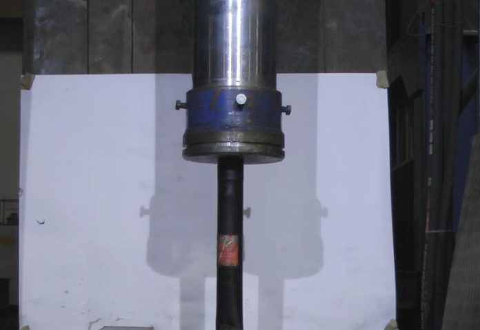 car-shock-absorber-vs-500-ton-hydraulic-press