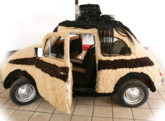 fiat-500-covered-in-hair-in-auction-10