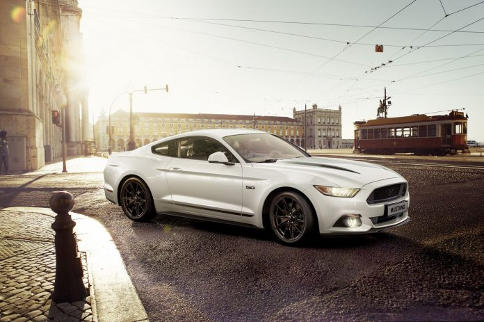 ford-mustang-black-shadow-and-blue-editions-1