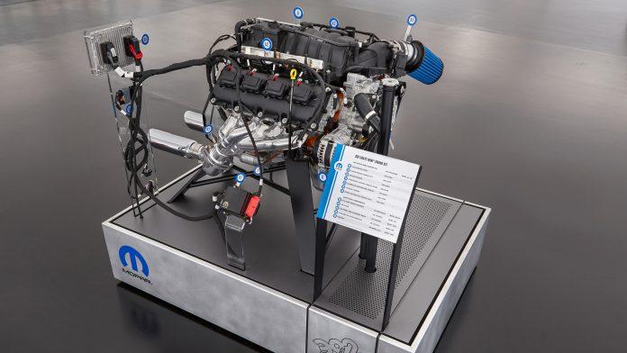 mopar-crate-engine-kit-3
