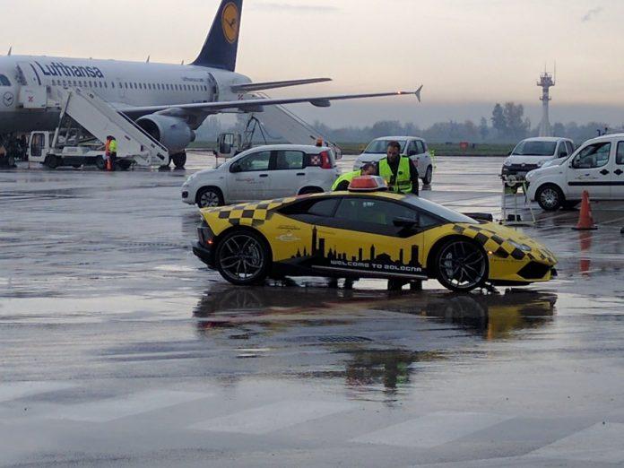 amborghini-huracan-bologna-airport-3