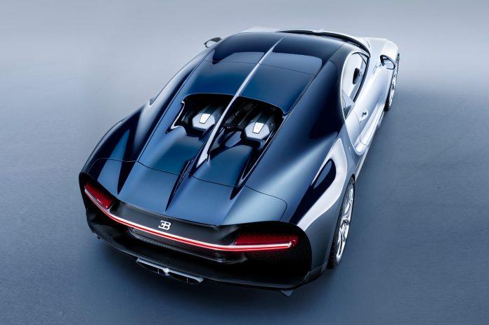 2017-bugatti-chiron-rear-top-view