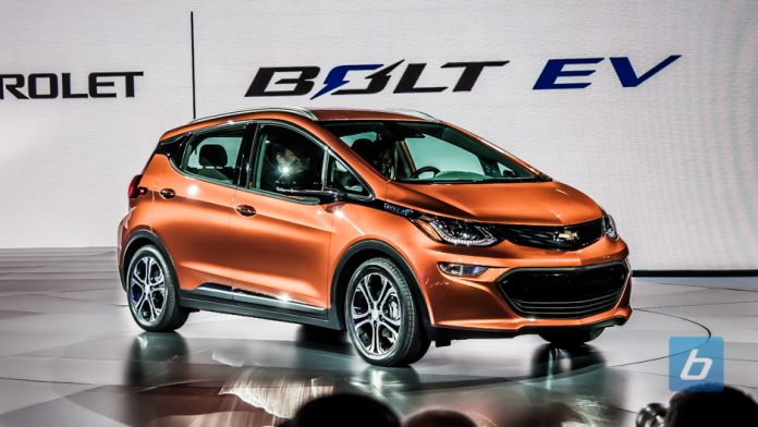 2017-chevy-bolt-ev-detroit-naias-2016-3