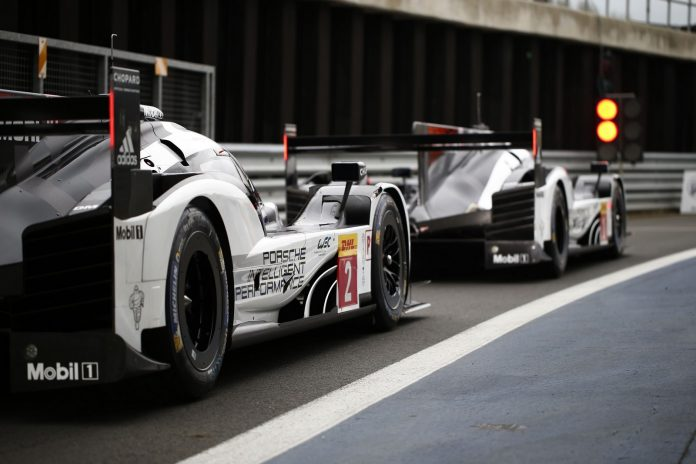 Porsche 919 Hybrid, Porsche Team No.2: Romain Dumas, Neel Jani, Marc Lieb, Porsche Team No.1: Timo Bernhard, Brendon Hartley, Mark Webber