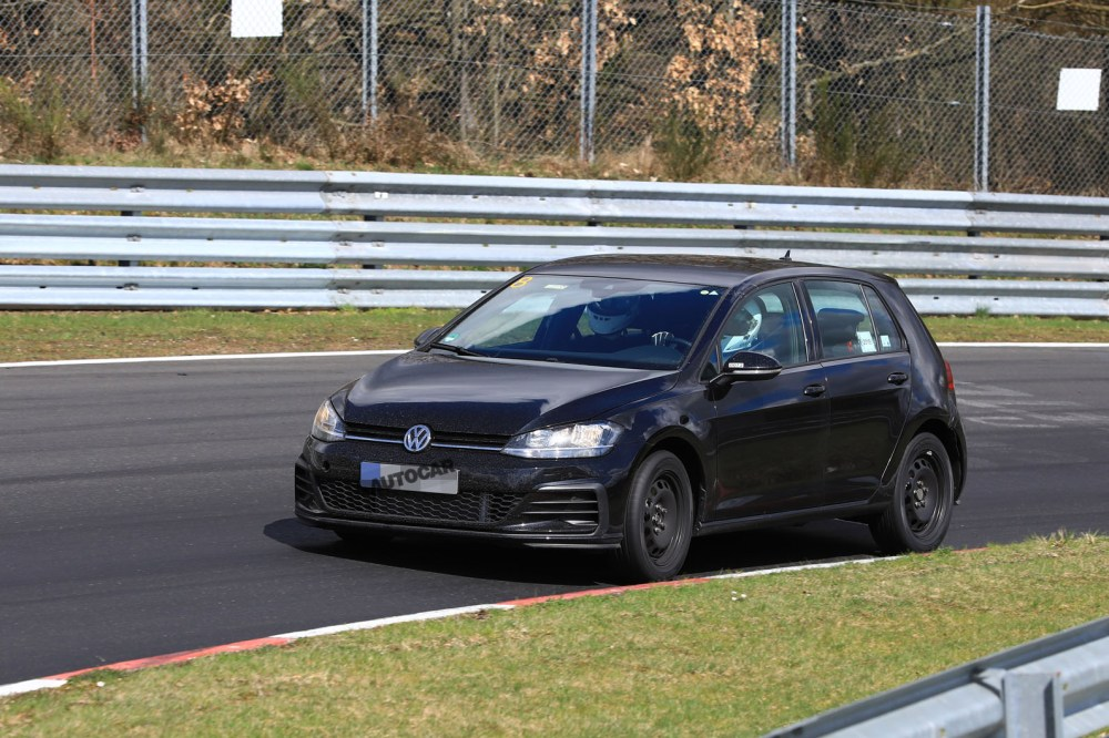 medium resolution of 2019 volkswagen golf mk8 first pictures of mule show new cabin tech autocar