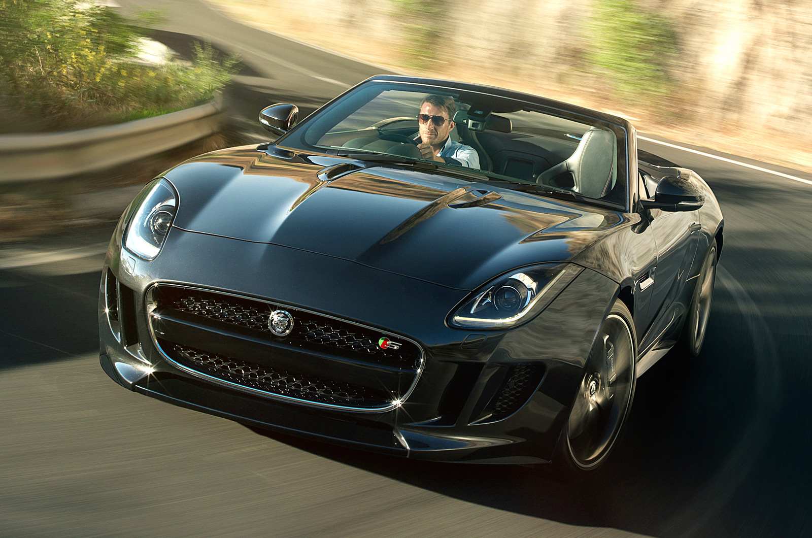 Now that you're of age to drive, maybe it's time to make that dream a reality. La Motor Show Jaguar F Type Black Pack Autocar