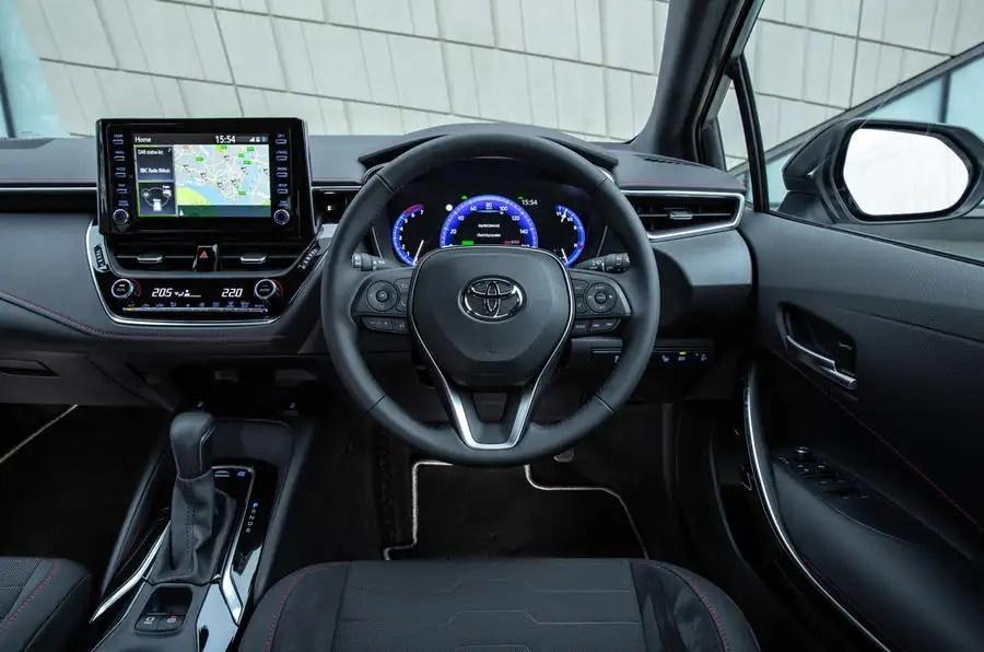 Toyota Corolla 1 8 Hybrid Hatchback 2019 Uk Review Autocar