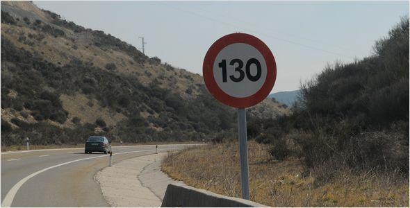 Víctimas de accidentes creen que las multas con el nuevo límite de 130 km/h deberían ser mayores