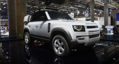 land rover defender cremona (1)