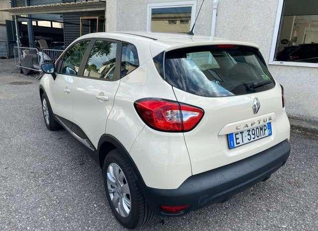 Renault Captur – 421660398 pieno