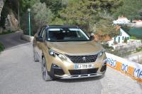 Peugeot 5008  rodzinny jak crossover  AutoCentrum.pl