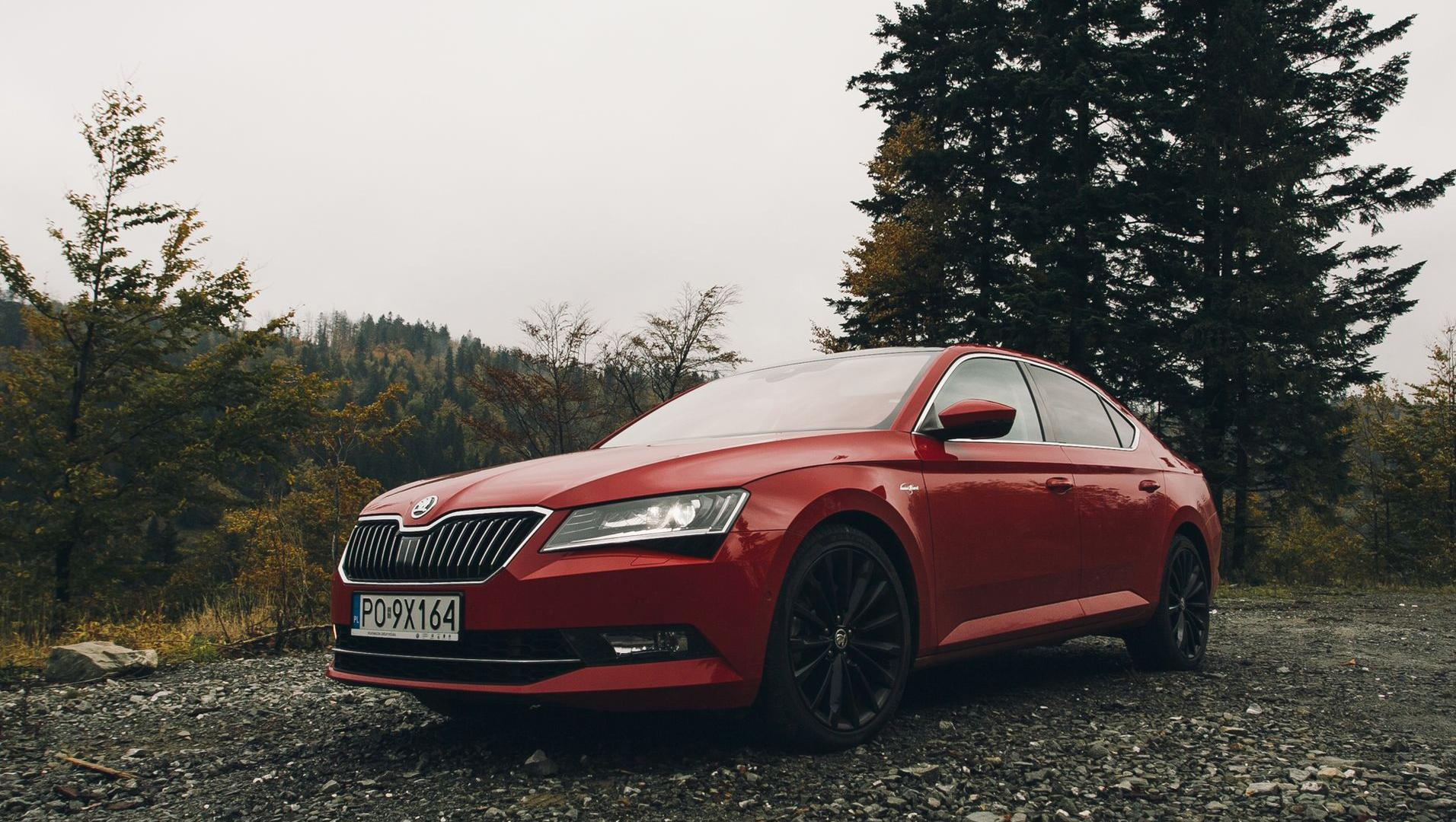 hight resolution of skoda superb laurin klement 2 0 tsi 280 km galeria redakcyjna