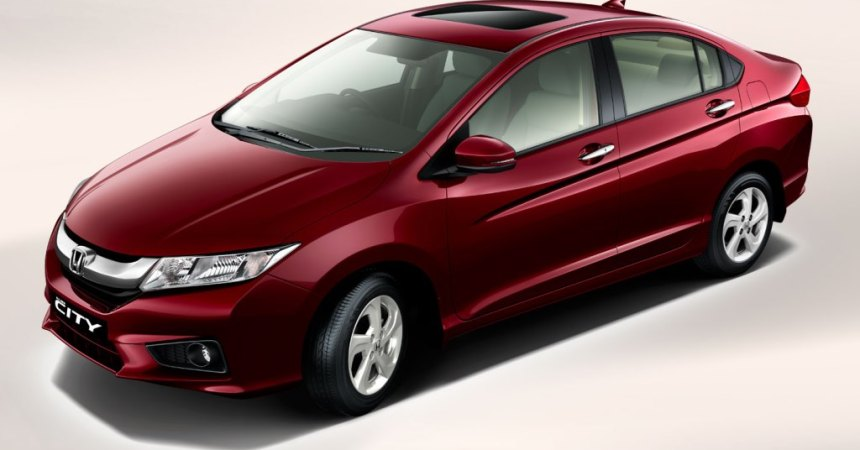 2014 Honda City front three quarters