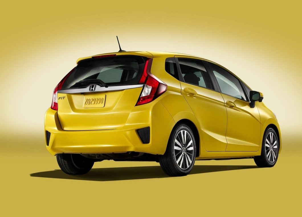 2015 Honda Jazz/Fit rear three quarters