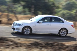 Mercedes-Benz C220 Grand edition in action