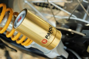 Royal Enfield Continental GT paioli shock absorbers