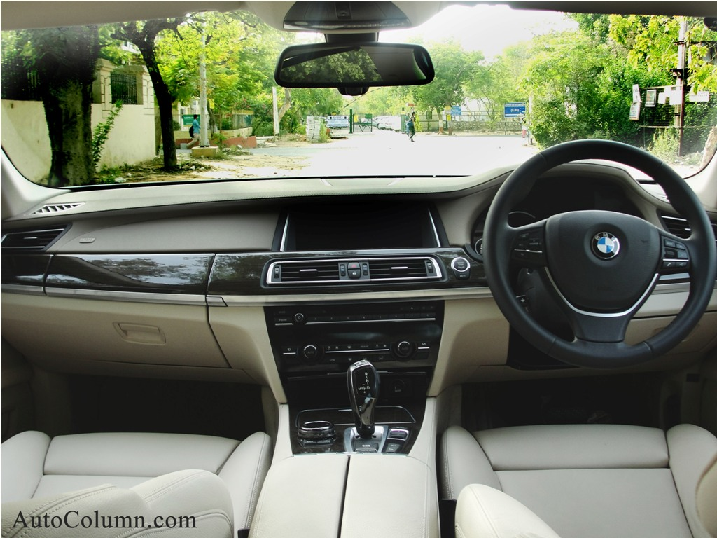 2014 BMW 7 series dashboard