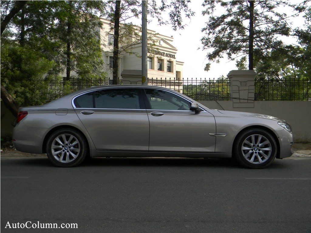 2014 BMW 7 series side profile