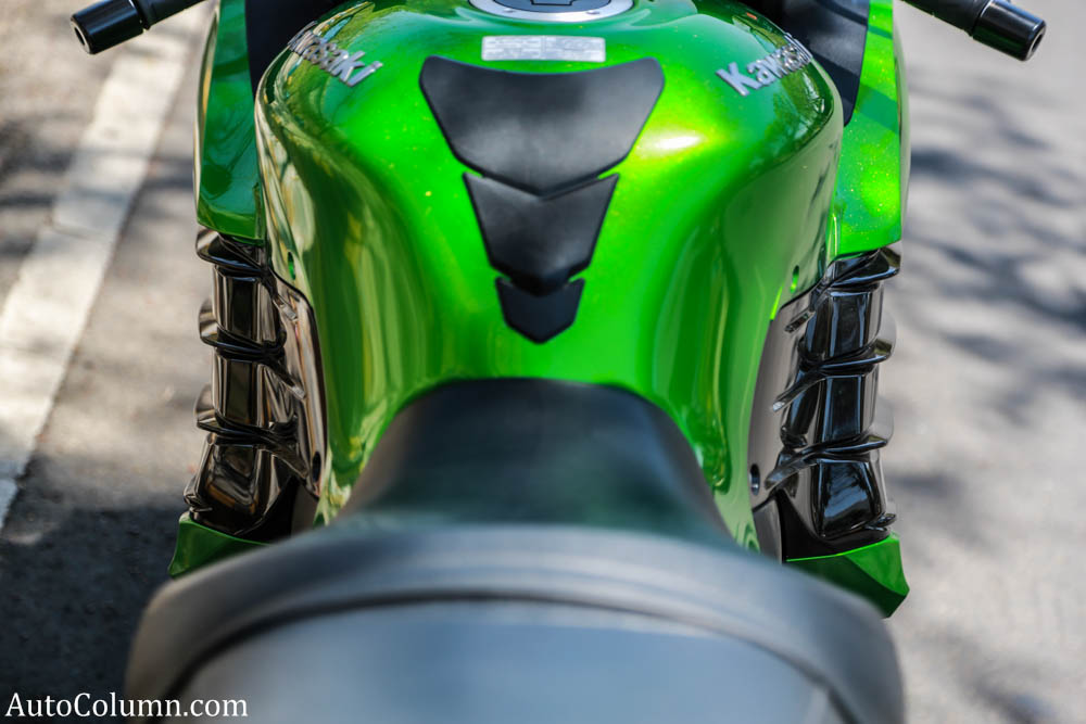 2014 Kawasaki Ninja fins and fuel tank