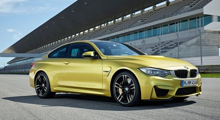 BMW M4 Front Three Quarters
