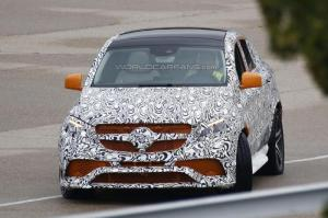 Mercedes ML Coupe Spy Shot
