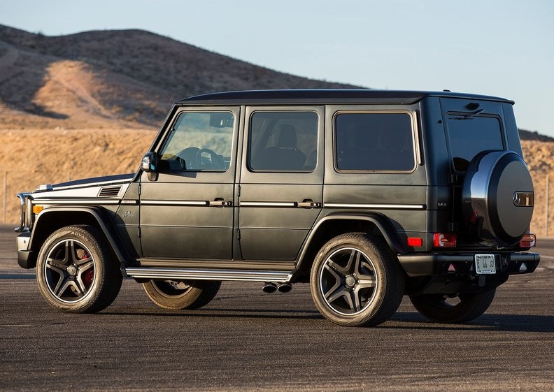 2013 Mercedes Benz G63 side profile
