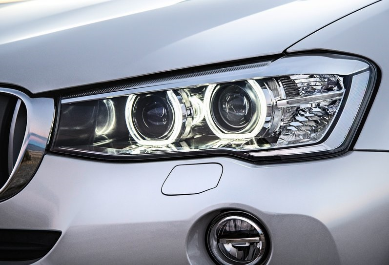 2014 BMW X3 headlamps