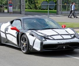 2015 Ferrari 458M spied side profile