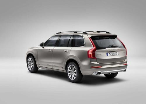2015 volvo XC90 rear profile