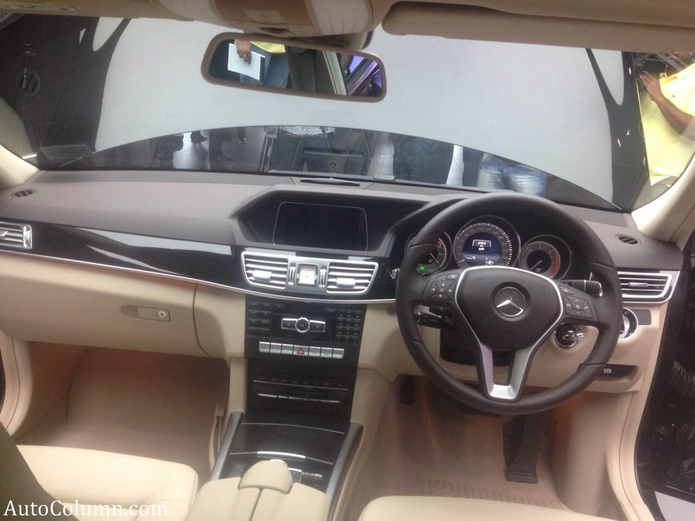 2014 Mercedes-Benz E350 CDI dashboard