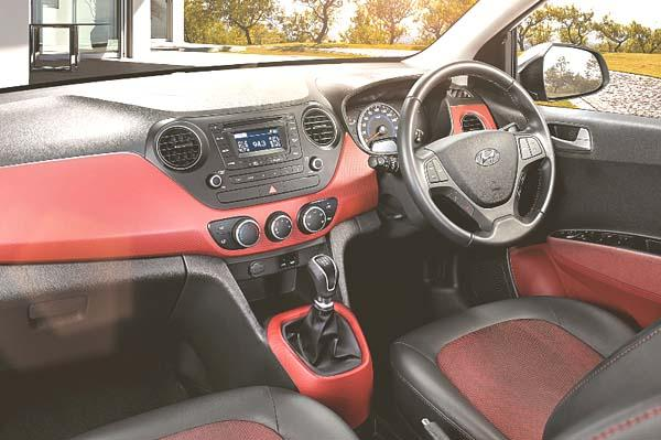 2014 Hyundai Grand i10 SportZ interior