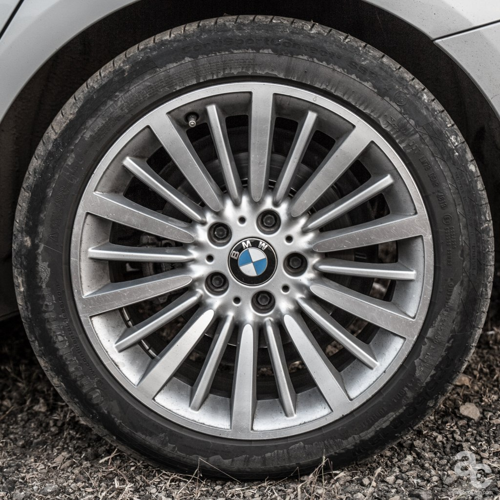 2014-BMW-3GT-India-alloy-wheel
