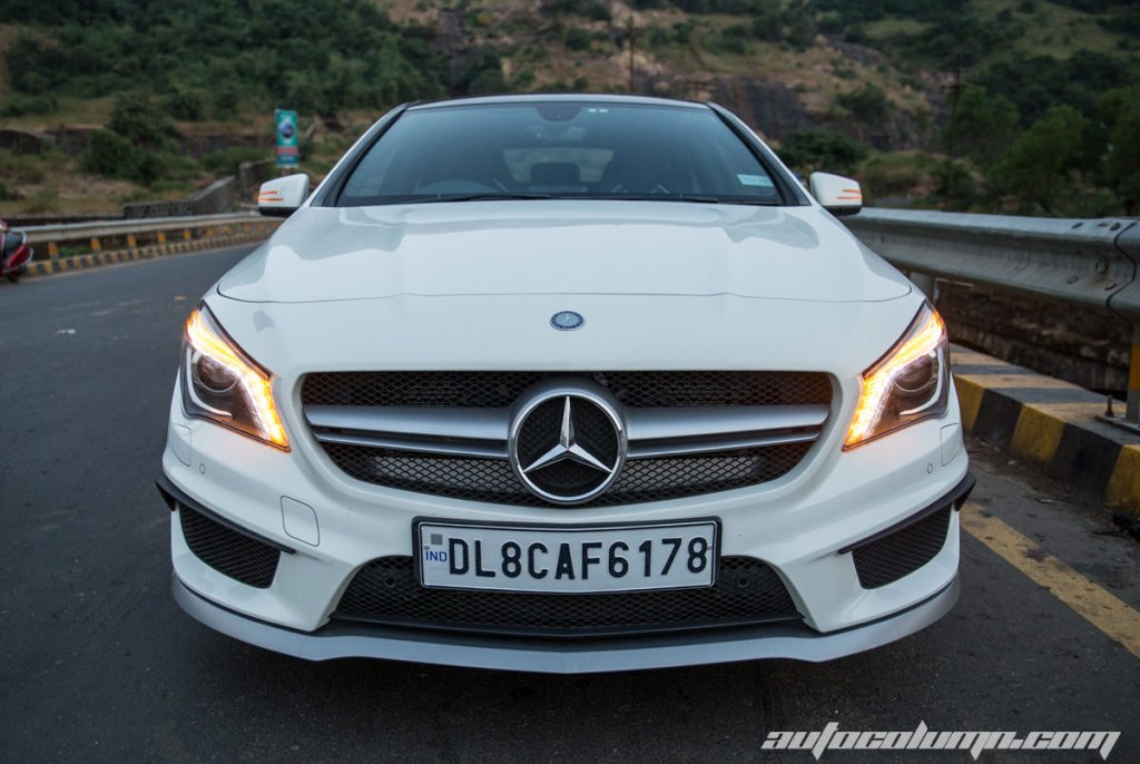 2014-Mercedes-Benz-CLA-45-AMG-front-view-4