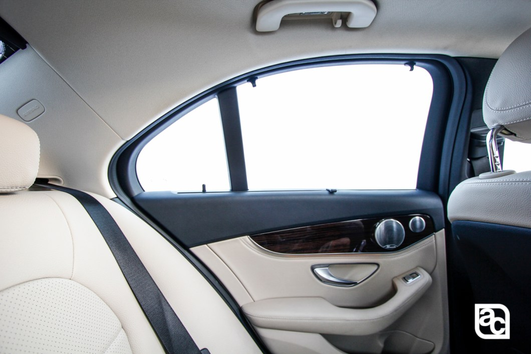 2015-Mercedes-Benz-Daimler-W205-c200-Front-rear-side-interior-269