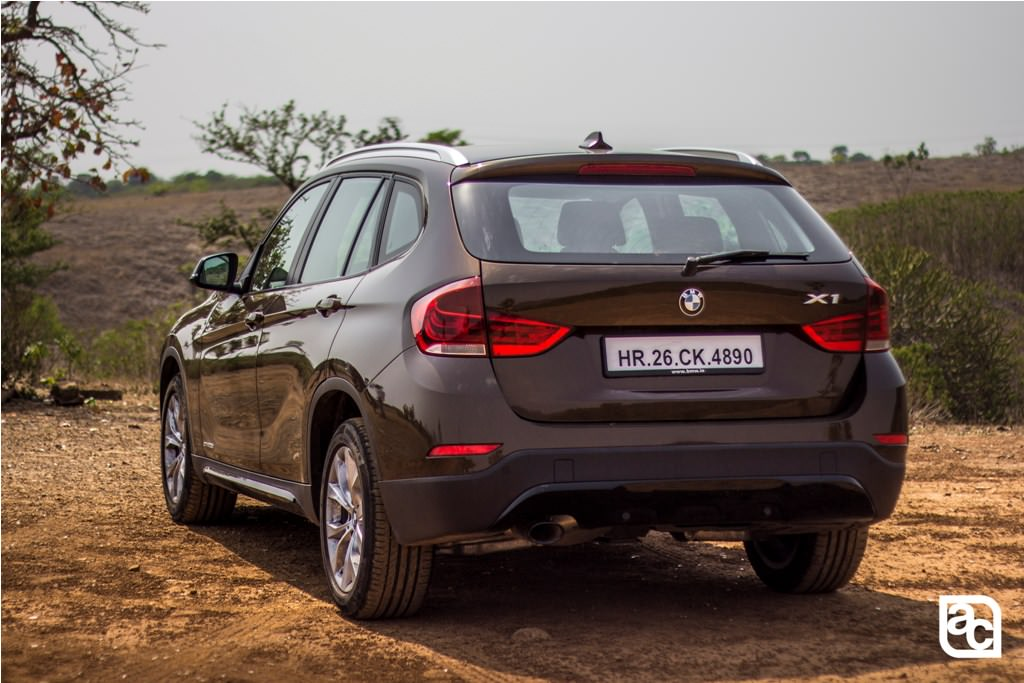 2015 BMW X1 rear closeup