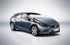 Volvo V40 pedestrian airbag explanation