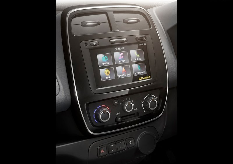 2016 Renault Kwid touch screen infotainment system